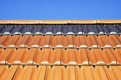 Entretien toiture tuile terre cuite