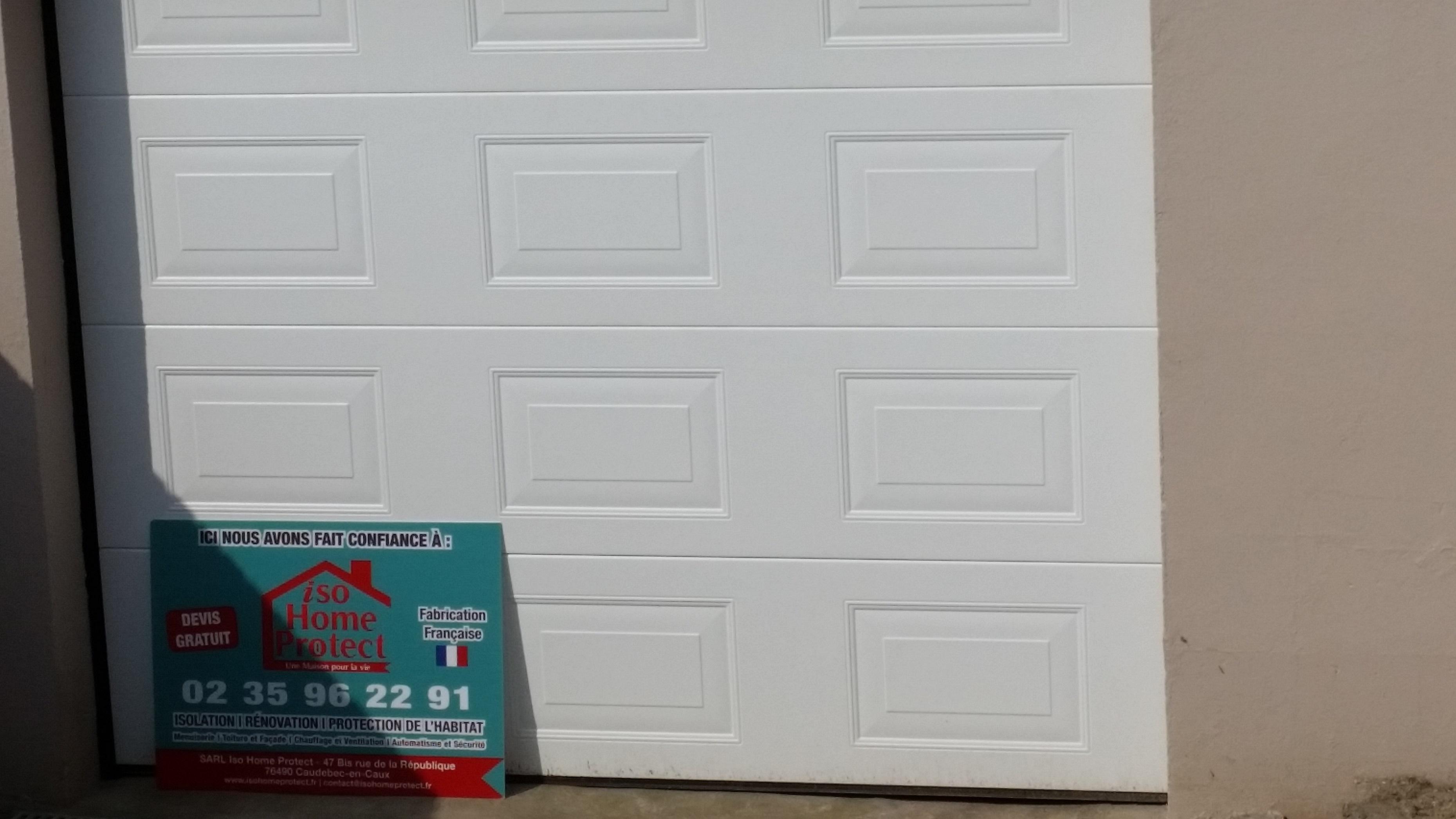 Porte de Garage Sectionnelle à Cassette Blanche