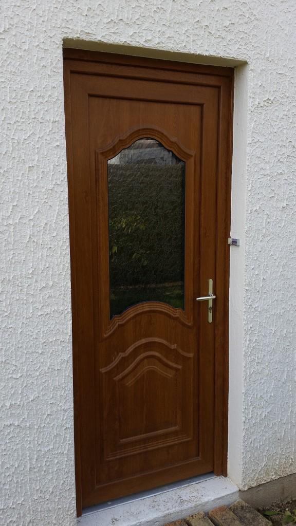 Porte-entree-chaine-doree