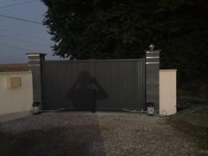 portail-alu-gris-anthracite